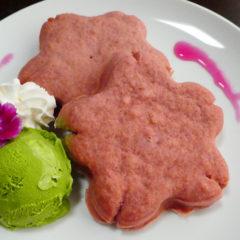 米粉のさくら型スフレパンケーキ ¥980(税抜)